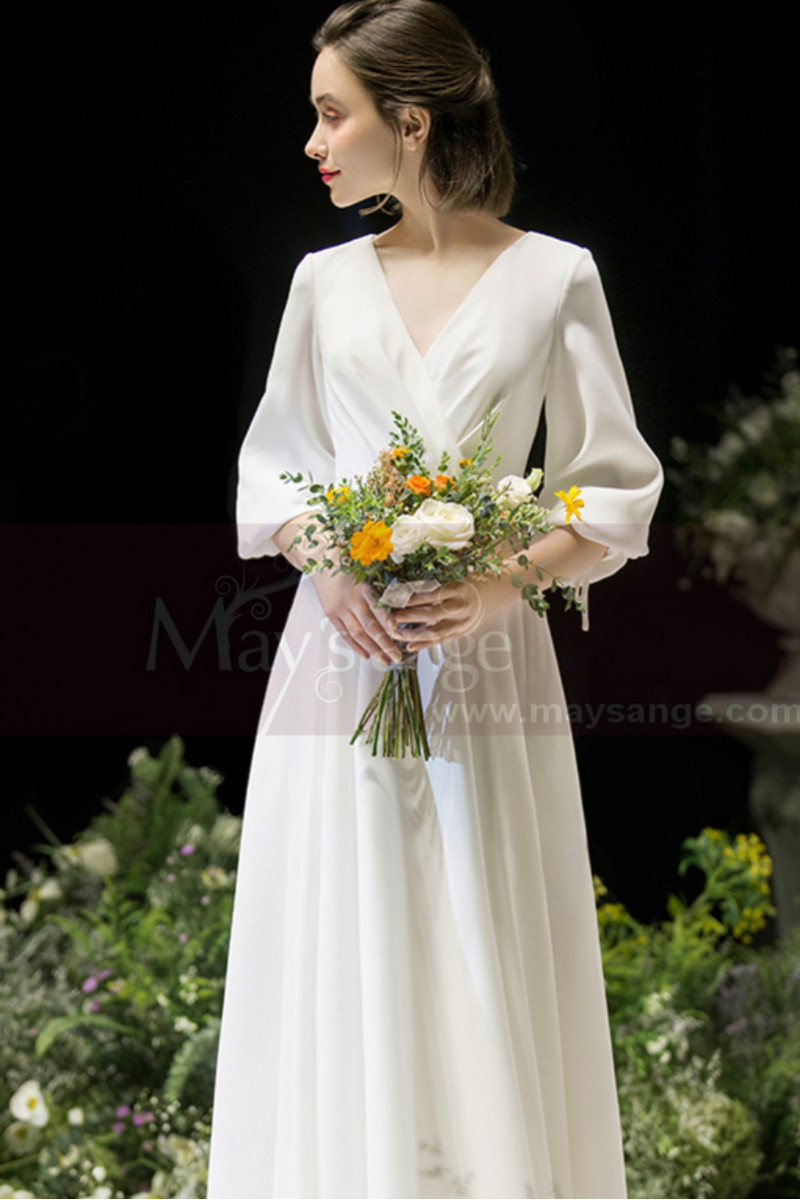 Long Sleeve White Evening Wedding Dress With Back Plunging neckline - Ref L1950 - 01