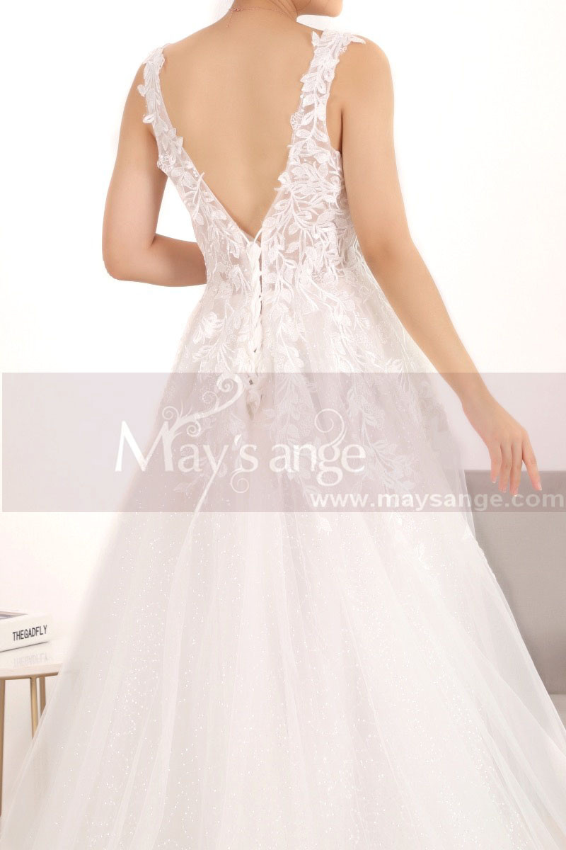 Embroidered A-Line Transparency White Backless Wedding Dresses With Train - Ref M067 - 01