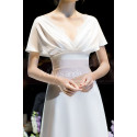 Scalloped V-Neck White Vintage Wedding Dresses With Sleeves - Ref L1989 - 05