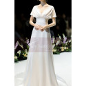 Scalloped V-Neck White Vintage Wedding Dresses With Sleeves - Ref L1989 - 06