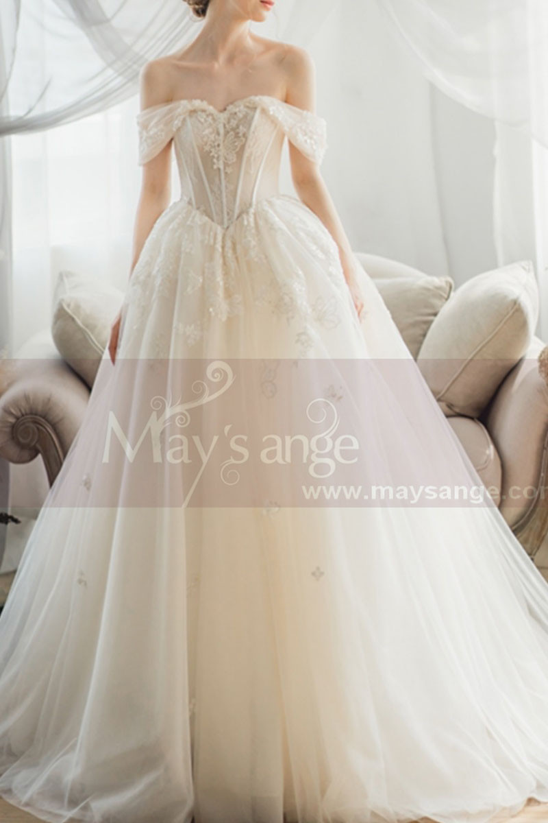 Off The Shoulder Corset Ivory Wedding Dress With Applique - Ref M069 - 01