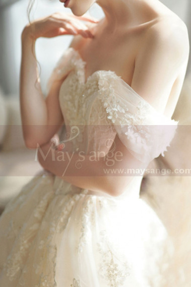 Off The Shoulder Corset Ivory Wedding Dress With Applique - M069 #1