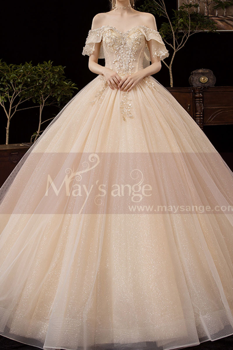 Luxury Off The Shoulder Champagne Wedding Dress Ball Gown - Ref M081 - 01