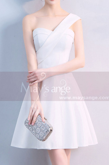 Short Ivory White Graduation Party Dress With One Shoulder