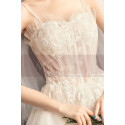 Off White Long Train Wedding Dress With Thin Strap - Ref M083 - 06