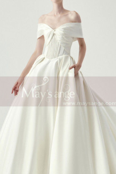 Splendid Tie Neck Bodice Satin Bridal Gowns With Long Train - M1265 #1