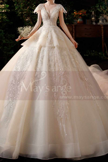 Luxury Wedding Dress Large Wide Skirt And Precious Ornaments - M1261 #1