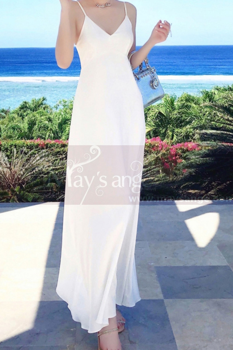 Long Backless White Beach Wedding Dresses With Thin Straps - Ref M1314 - 01