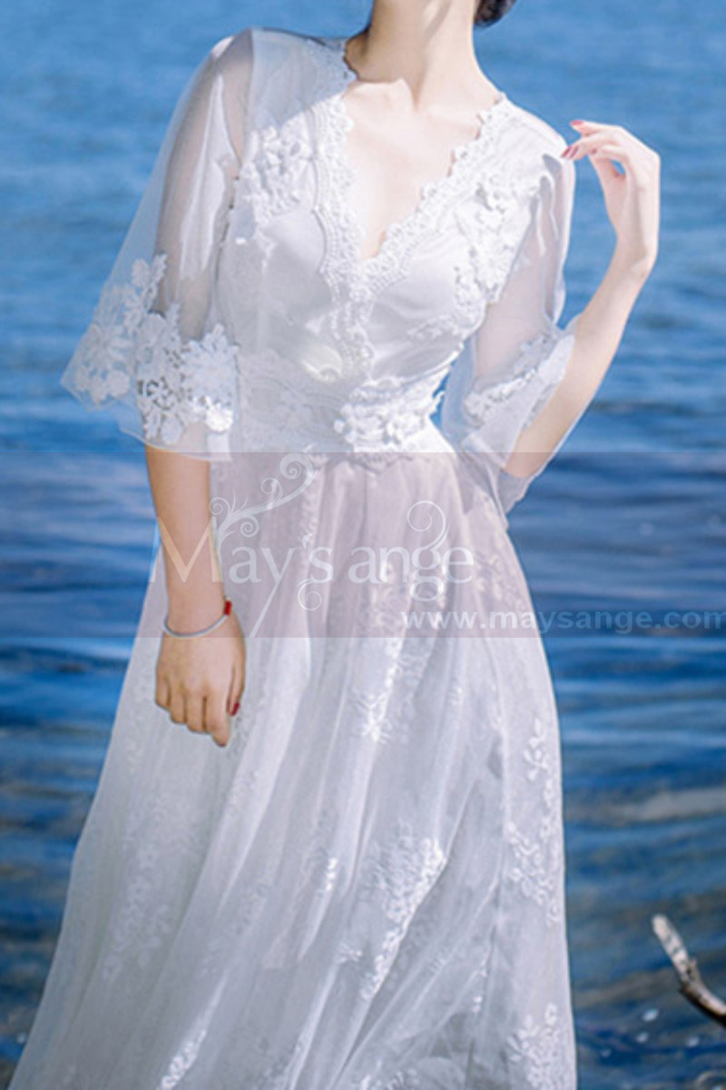 Long Sleeves Bohemian Lace Wedding Dress Scalloped Neckline - Ref M1310 - 01