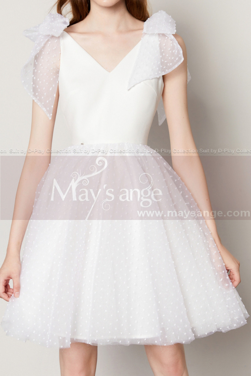 White Ball Gown Prom With Tulle Puffy Skirt And Bow Straps - Ref C2036 - 01