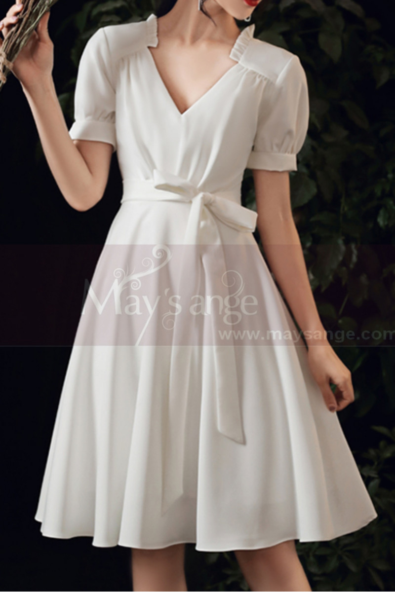 Cute Modest Wedding Gowns Short Flared Skirt With Bow Belt - Ref M1293 - 01