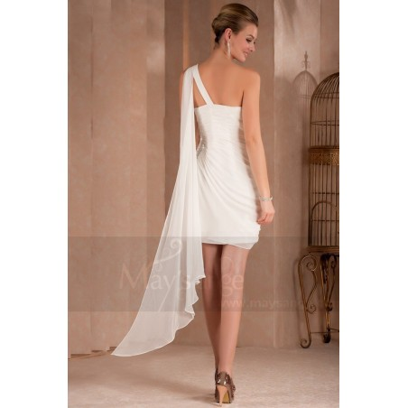 Robe de cocktail blanche mousseline