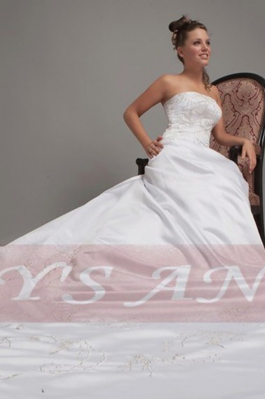 White wedding dress - Ball-Gown Strapless Royal Train Satin Wedding Dress With embroidery - M013 #1
