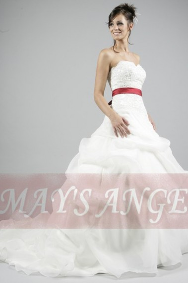 Long wedding dress - Bridal wedding dress Barcelona with long train and red belt - M014 #1