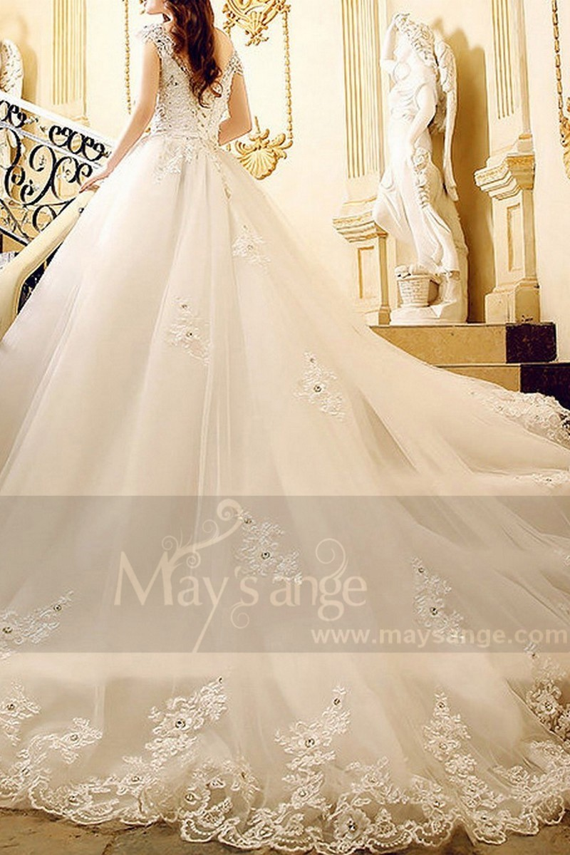 Gorgeous Organza Wedding Dress With Strap - Ref M379 - 01