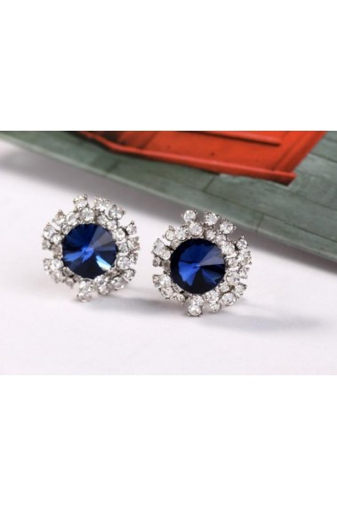 Sparkling blue sapphire stud earrings - B057 #1