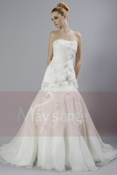 Long wedding dress - Trumpet Wedding dress Brasilia with long train and flowers - M029 #1